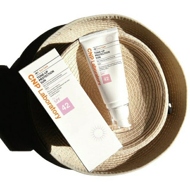 Kem chống nắng CNP Laboratory Tone-Up Protection Sun SPF42/PA+++